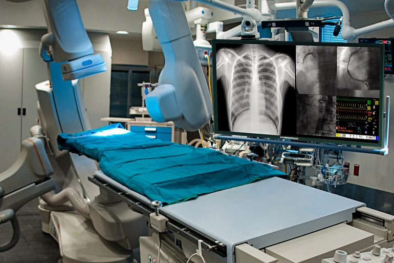Cath Lab and Hybrid OR Display Monitor
