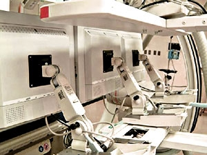 Angled rear view of Modalixx G202MG LCDs upgrade on Siemens Bi-Cor cath lab.