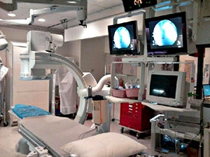 GE LCV+ Angio Room with closer front view of the Modalixx G202MG LCDs on ceiling suspension