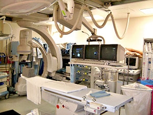 Toshiba Infinix model combination angio/cath lab with three CRTs model # TVM210MB before upgrade to Modalixx LCDs