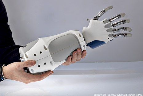 Portable Bionic Hand with a Sense of Touch Unveiled in Rome