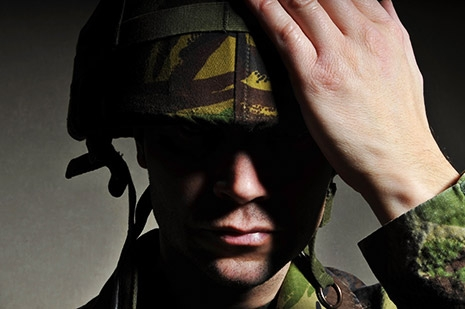 Noninvasive Brainwave Technology Reduces PTSD Symptoms